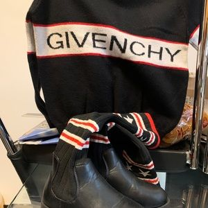 Givenchy Matching Sets - Kids Givenchy Sweater With Boots